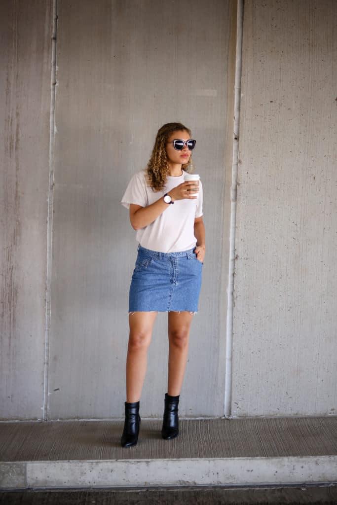 9fdc2283021 8 Ways to Wear a Denim Skirt