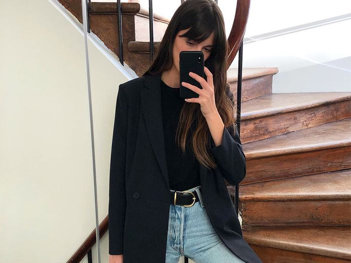 jeans and blazer outfit