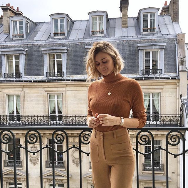 turtleneck french outfit