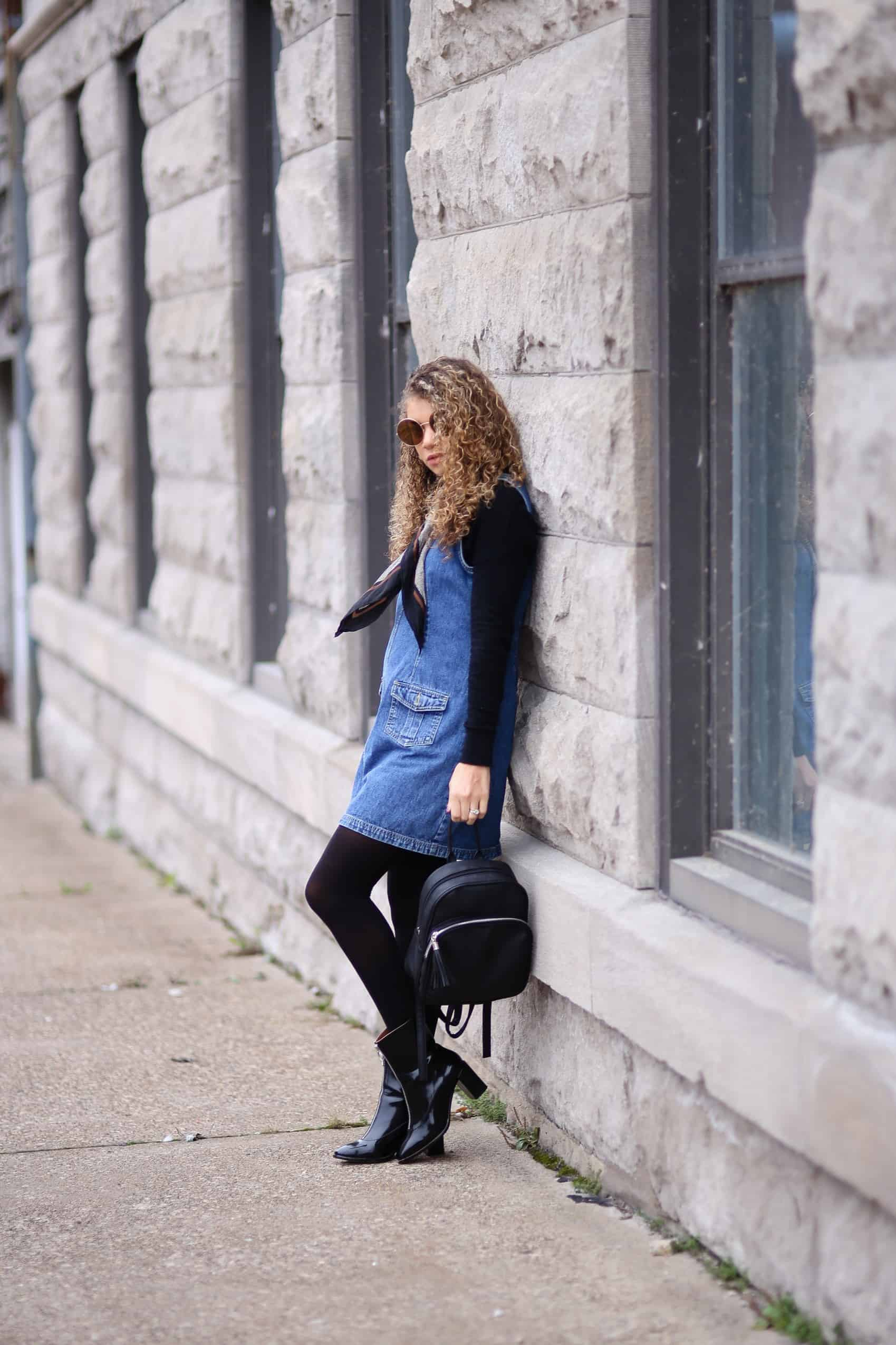 fashion-blogger-silk-scarf-outfit