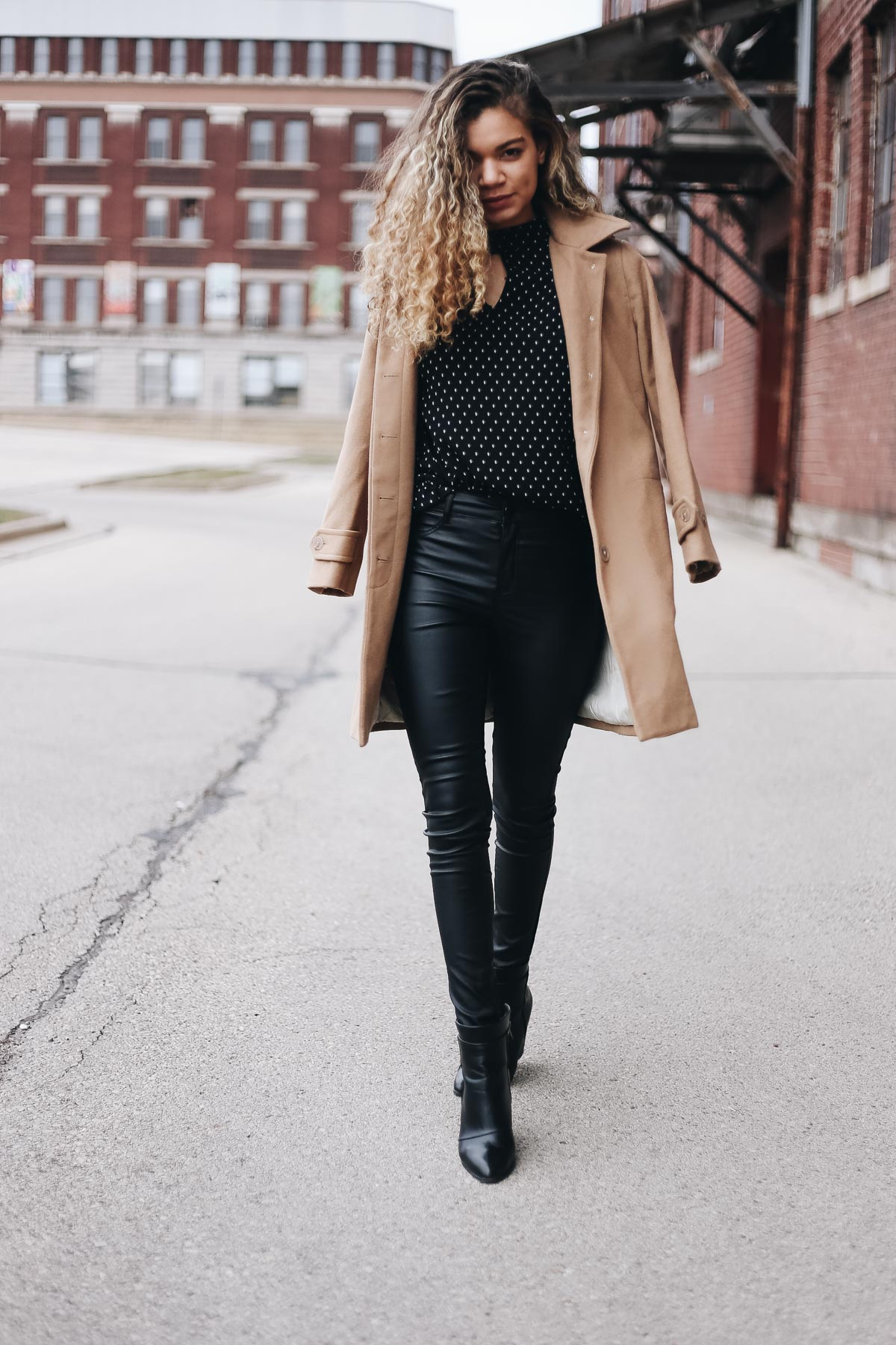 Carolyn of My Chic Obsession shows you the perfect street style looks that are edgy and chic