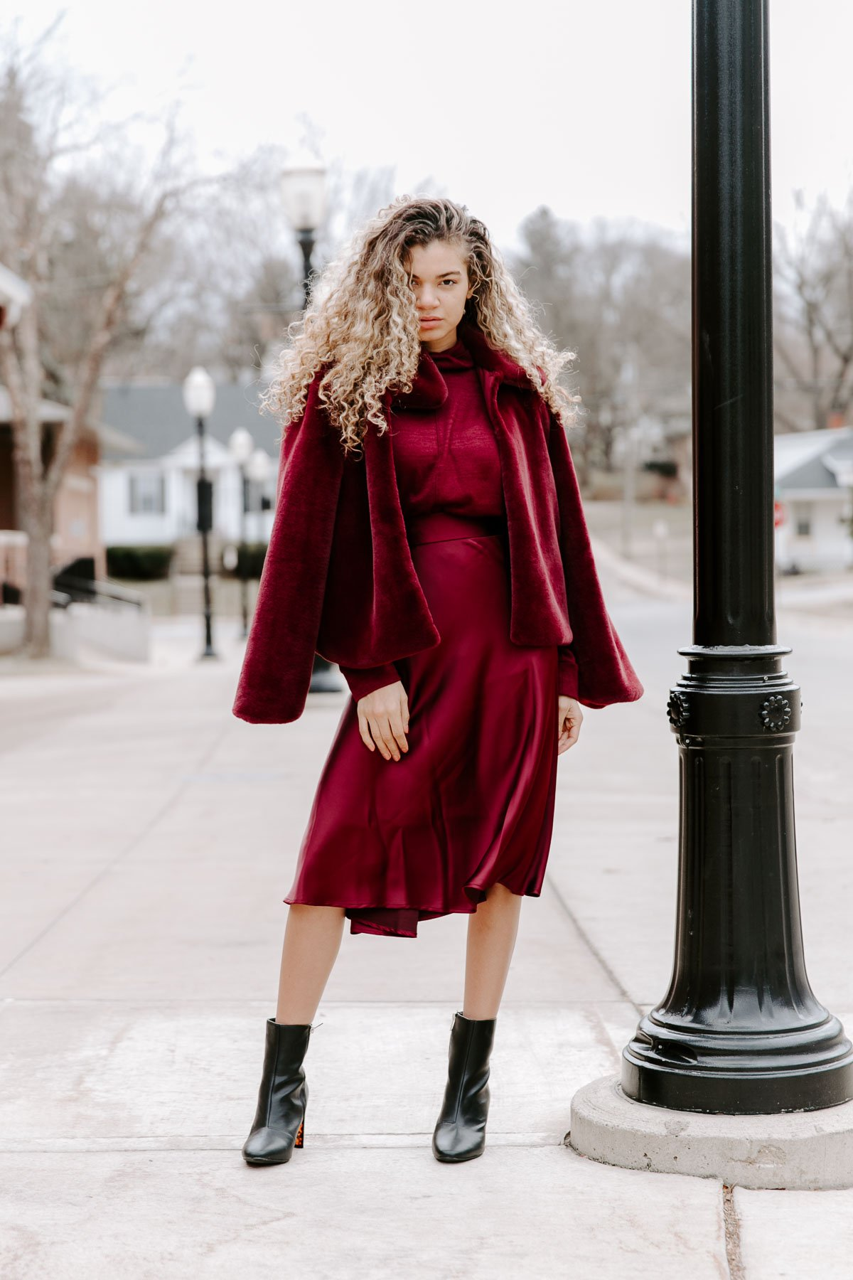 88f43309d3e How to Rock a Monochromatic Outfit Flawlessly - My Chic Obsession