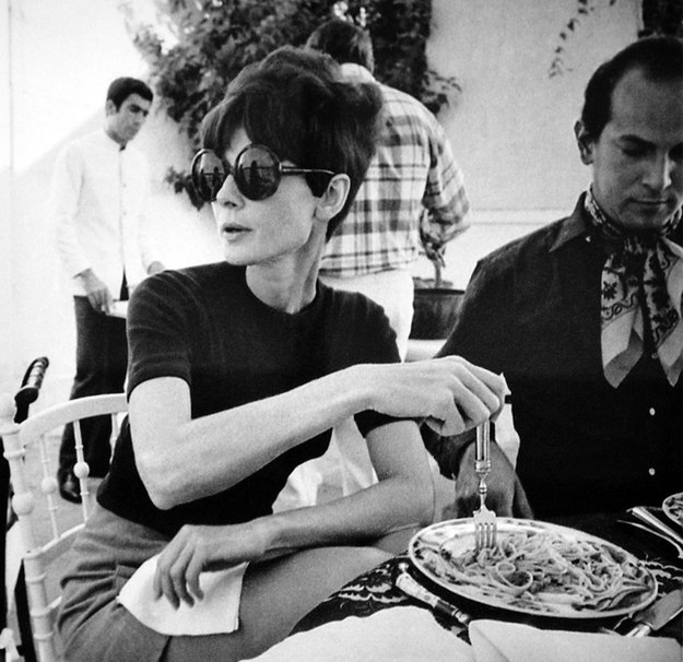 Audrey Hepburn's style is a great place to all your french outfit inspiration from. She was classic, timeless, and nailed Parisian chic!
