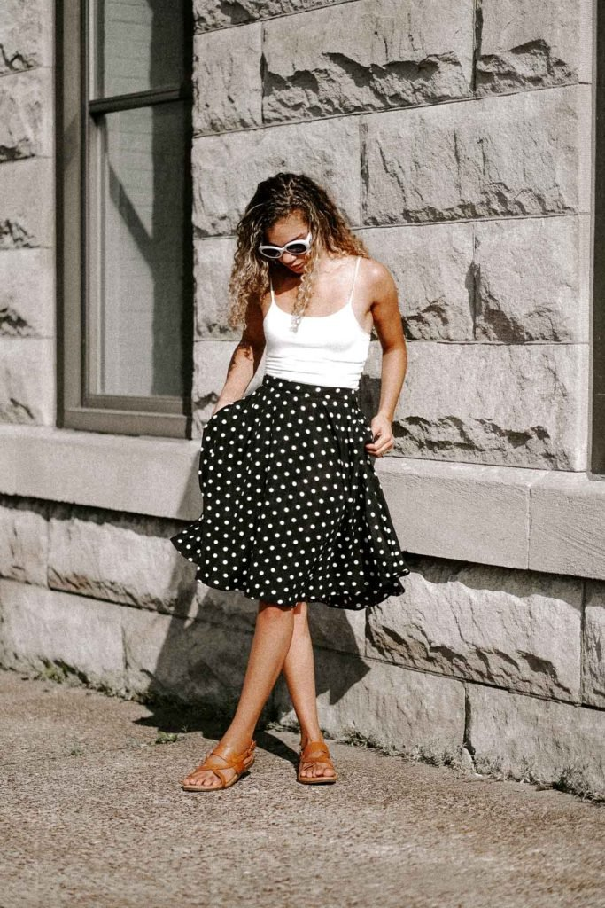 polka dot skirt summer outfit