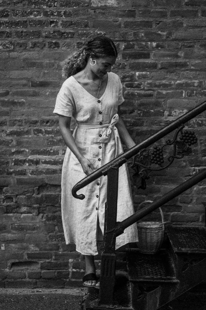 linen dress for a summer date night look