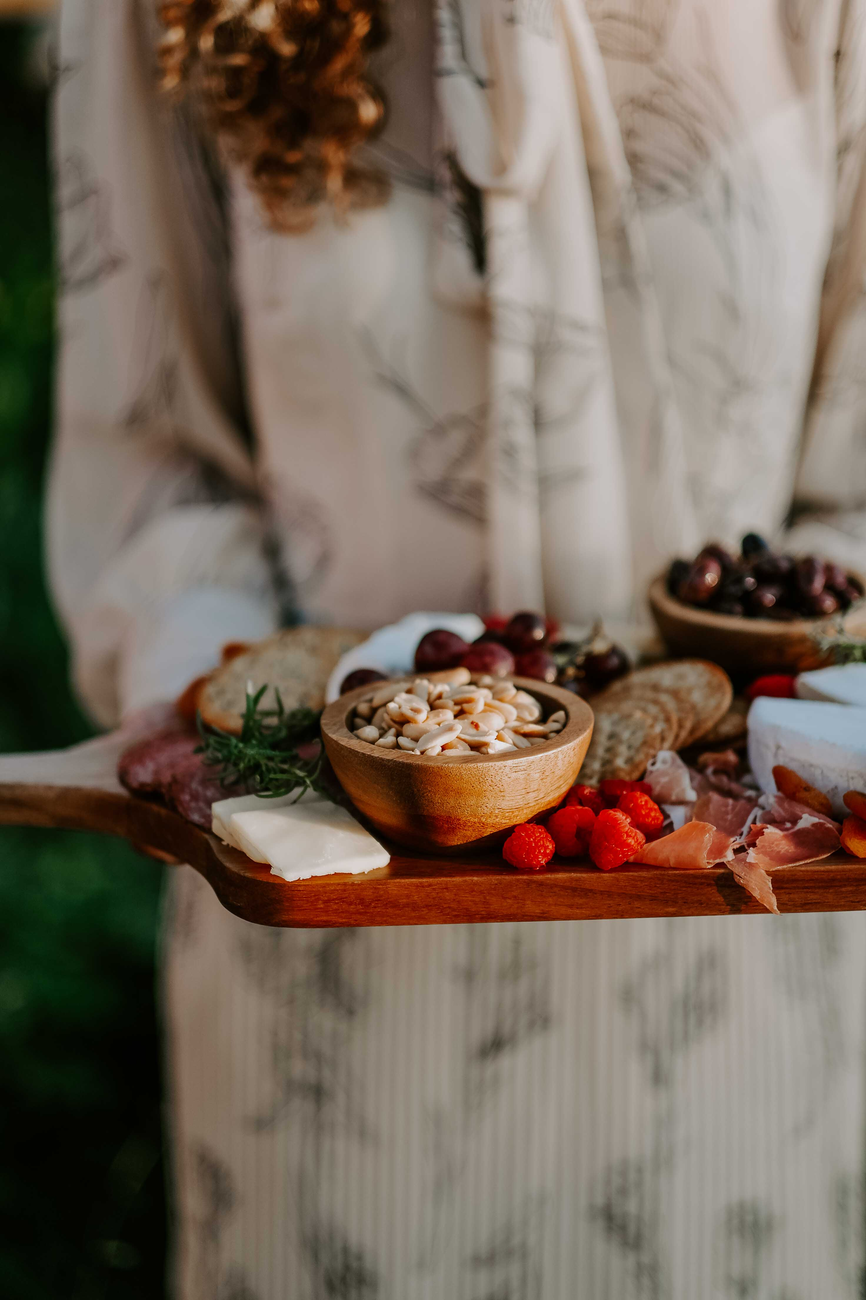 outdoor-entertaining-charcuterie-board (1 of 1)