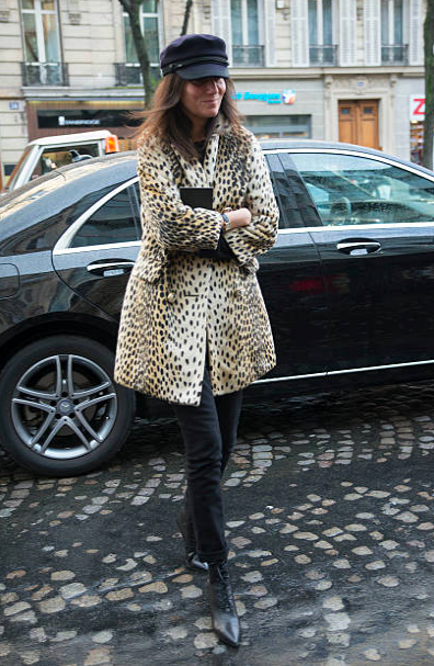how to dress like a french woman over 50