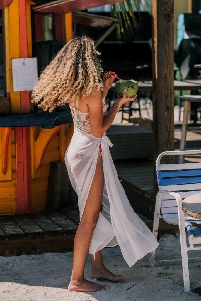 bahamas vacation outfit