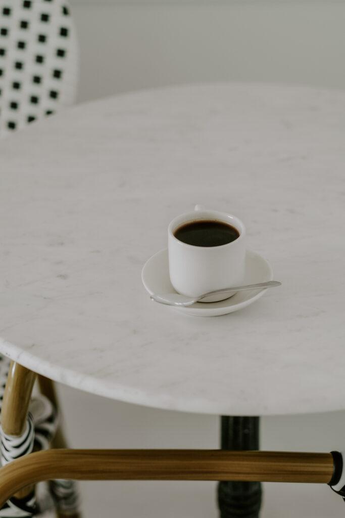 chic cafe chic cloffice