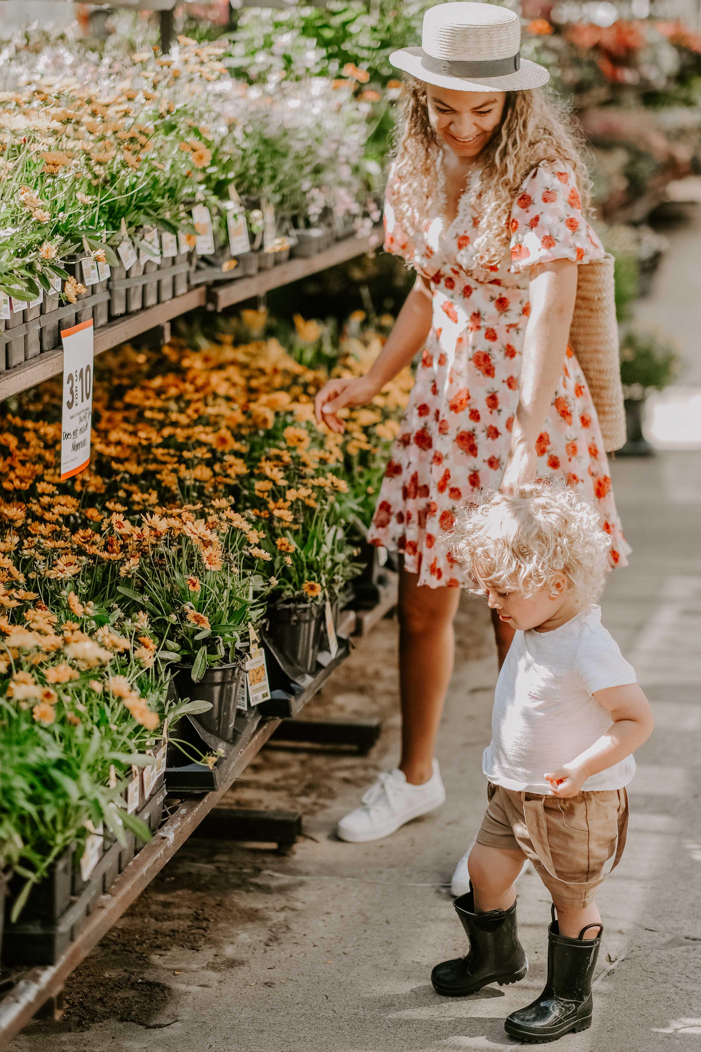 lowes garden center