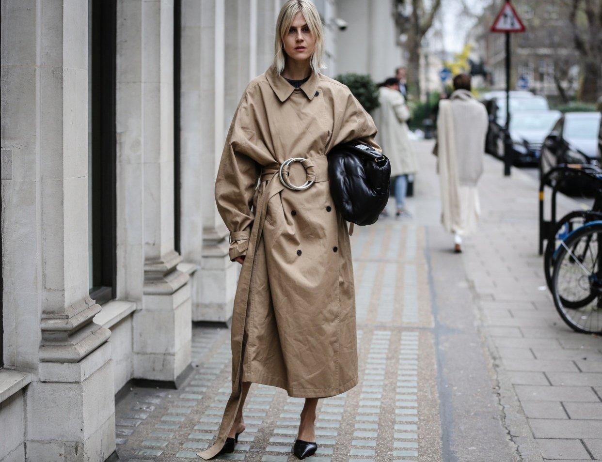 dress like you work at a fashion magazine