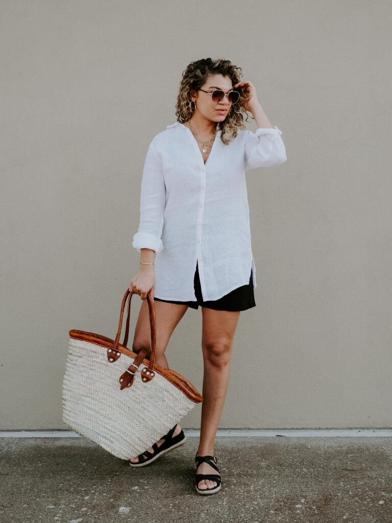 how to wear a white shirt for summer