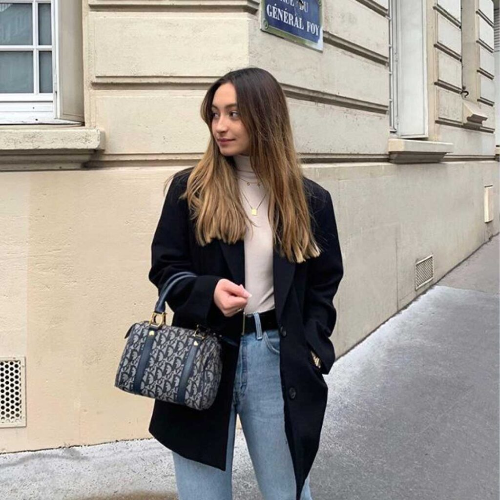 basic top in a french capsule wardrobe