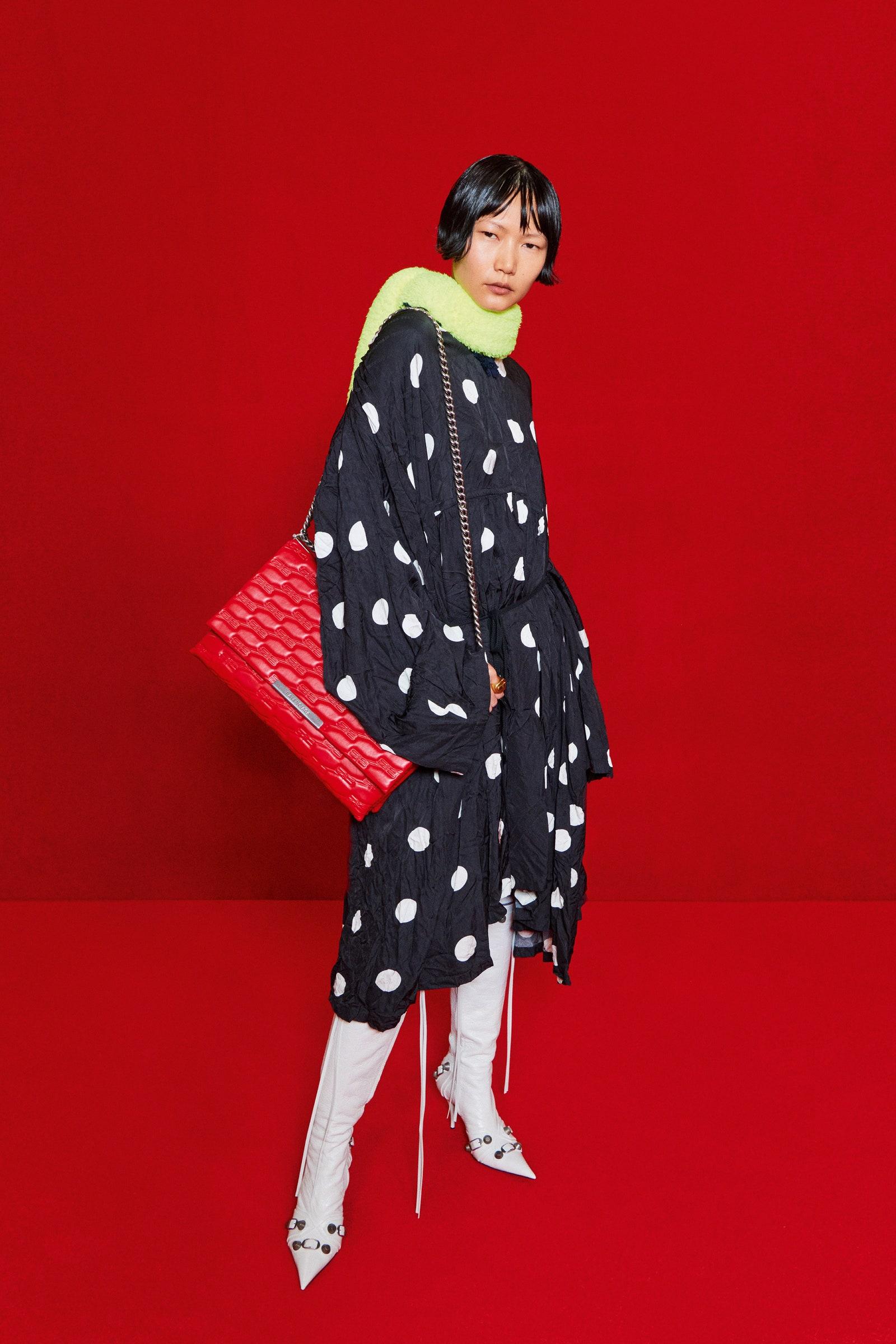 Balenciaga paris fashion week spring/summer 2022 collection